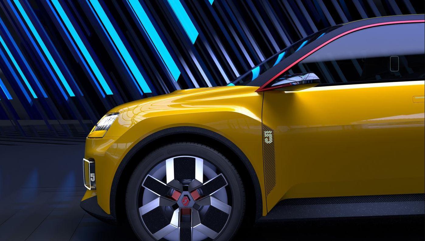 Renault 5 100% électrique détail avant jantes et aile - Garage Roda Auto - Nîmes - Alès (30)